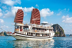 Tận hưởng hành trình đầy mê hoặc với du thuyền Swan Cruises Hạ Long 'thiên nga trắng' hoàn mỹ