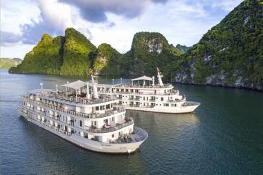 Combo 3N2Đ Du Thuyền Paradise Elegance 5* + KS Paradise Suites Hotel 4* + VMB