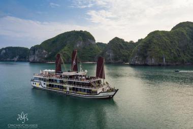 Combo 3N2Đ Du Thuyền Orchid 5* + KS Thăng Long Opera 4* + VMB + Xe Đưa Đón Sân Bay