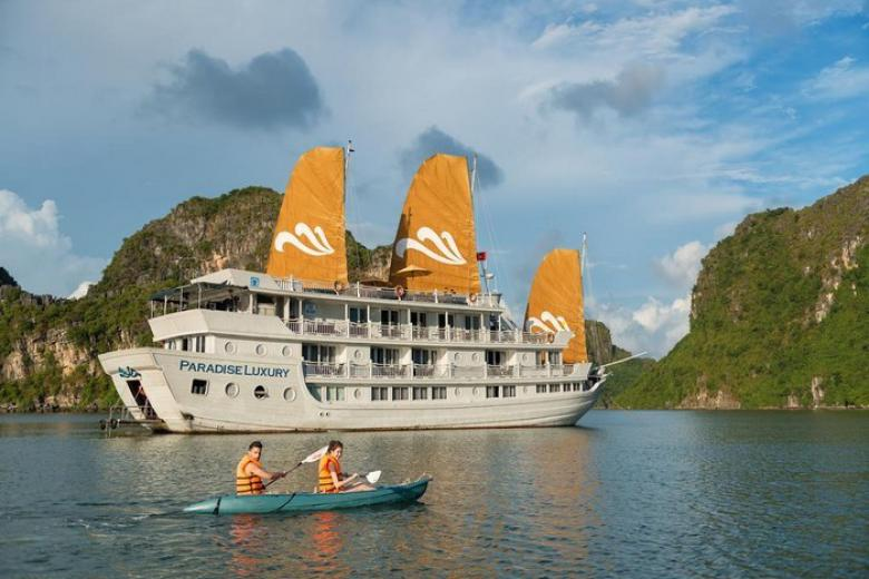 Tour 3N2Đ HCM - Hạ Long, 1 đêm Du Thuyền 4* + Hotel 4* + VMB từ 5,3tr