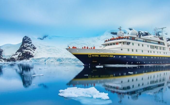 du thuyền đầu tiên đến khám phá Nam Cực: Và mở đầu cho những chuyến du lịch đến tận cùng thế giới.