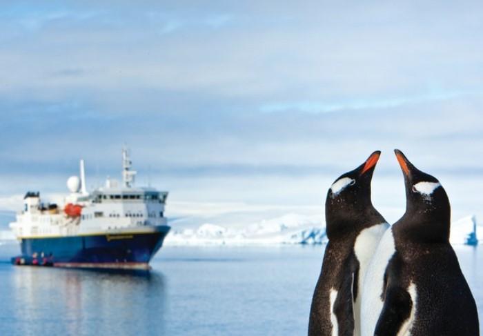 du thuyền đầu tiên đến khám phá Nam Cực: Hiện nay, các chuyến đi mang tên Lindblad được con trai Lars-Eric là Sven Olof tiếp nối thực thi.