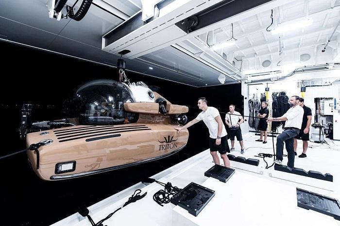 du thuyền La Datcha tàu ngầm