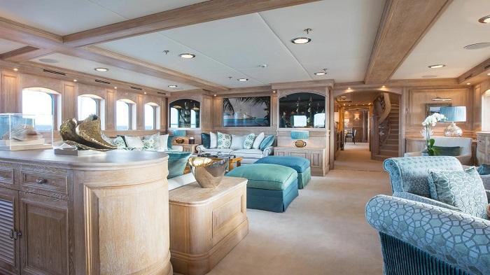 du thuyền Nero nội thất sang trọng