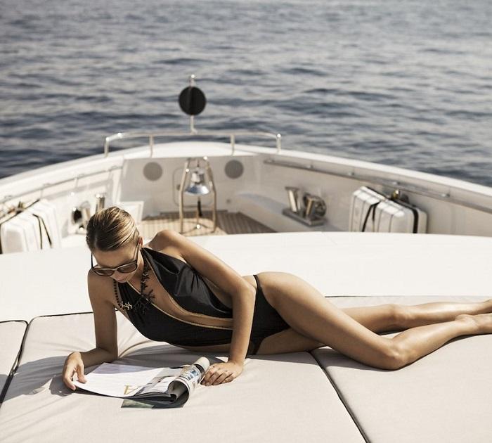 du thuyền ấn tượng trên thế giới Aurelia tắm nắng