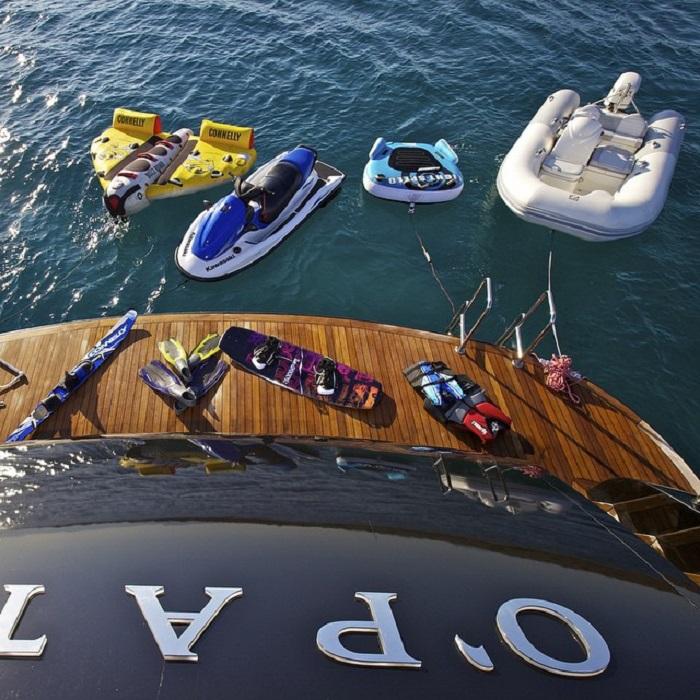 du thuyền ấn tượng trên thế giới OPati tiện nghi giải trí