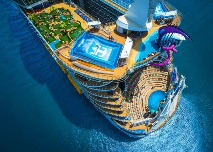Chiêm ngưỡng siêu du thuyền Symphony Of The Seas lớn nhất thế giới