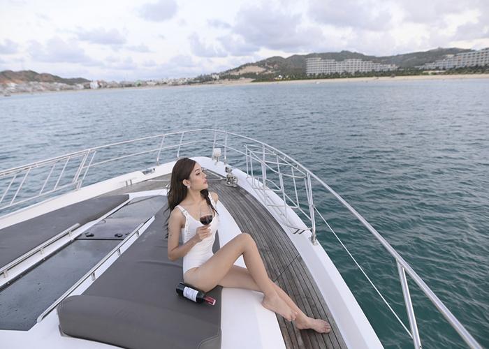 Choáng ngợp trước sự xa hoa của du thuyền Sailing Yacht A trị giá 450 triệu USD