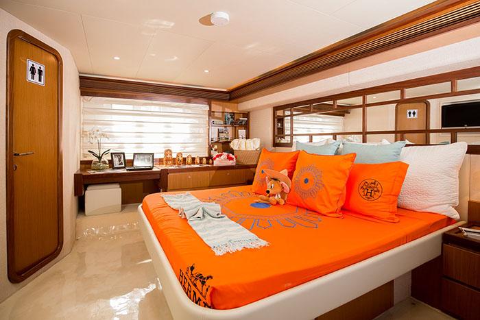 3 du thuyền của người nổi tiếng tại Việt Nam: Lung linh như khách sạn hạng sang