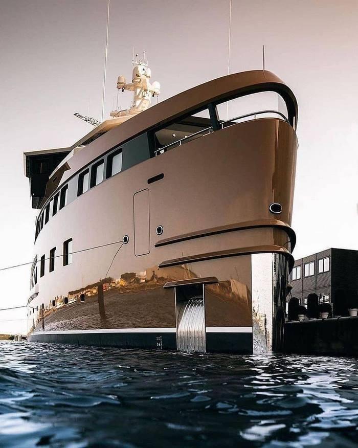 du thuyền ấn tượng trên thế giới La Datcha ngoại thất