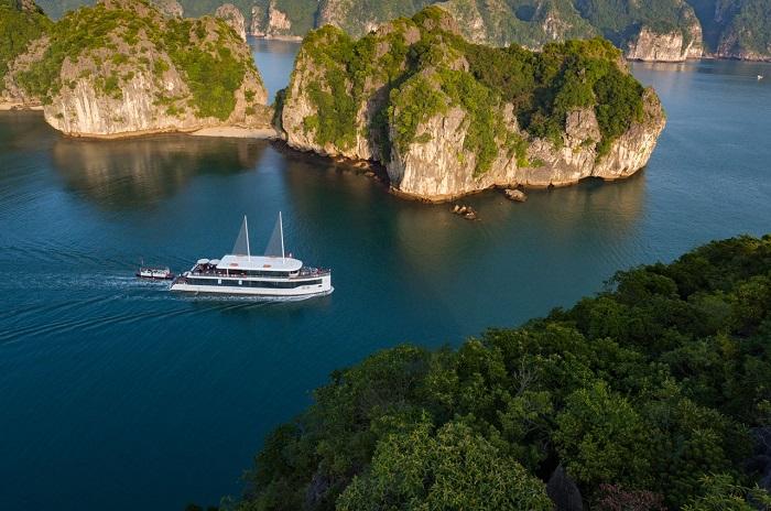 Du thuyền Jade Sails 1