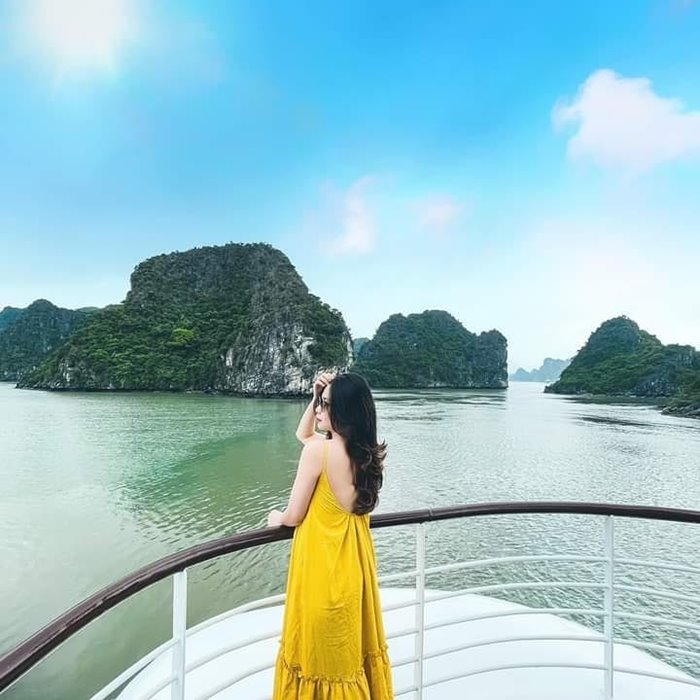 Du thuyền Capella Cruise