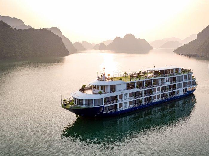 du thuyền Mon Chéri Lan Hạ