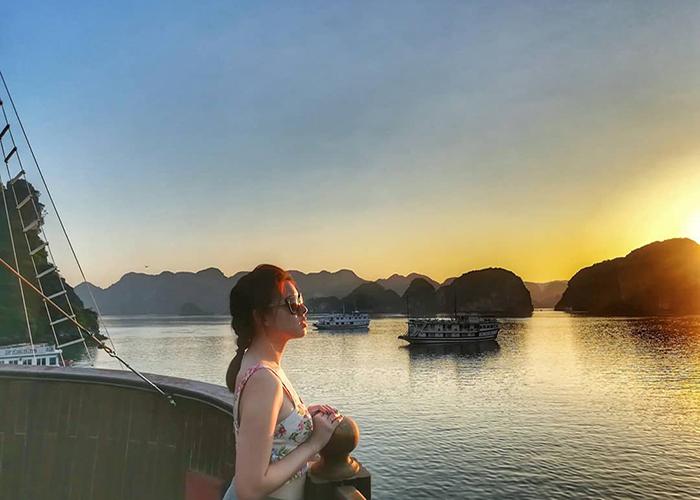 Chiêm ngưỡng du thuyền Alisa Premier - Nàng công chúa của Hạ Long