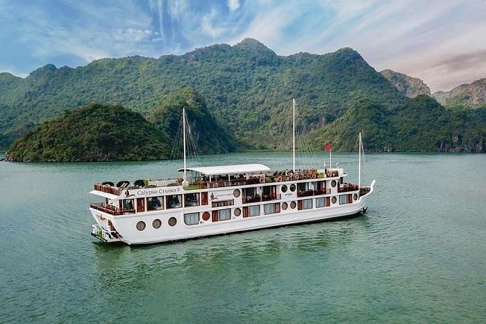 Du thuyền Oriental Sails 15