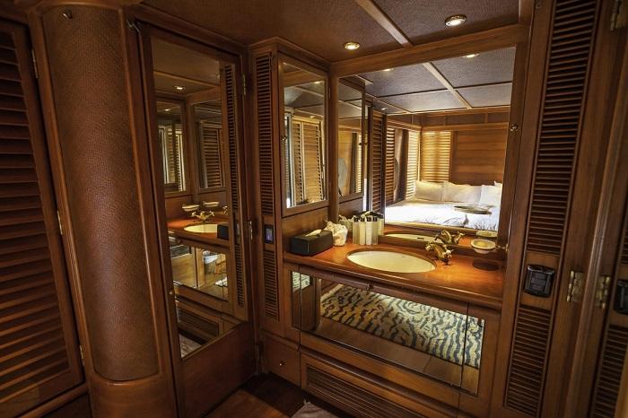 Du thuyền Maha Bhetra 7