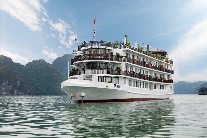 Cùng du thuyền Emotion Cruises