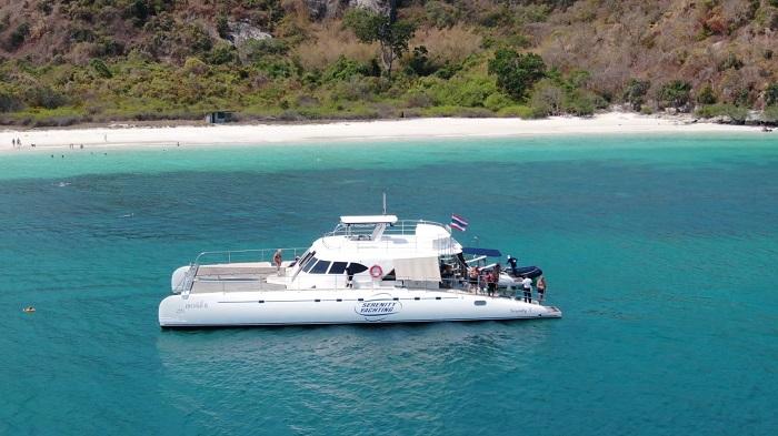 du thuyền Serenity Yachting 4