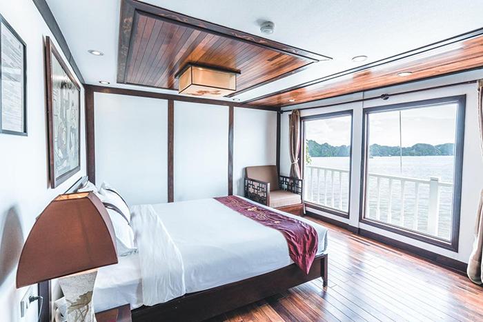 Du thuyền Indochina Sails - Lựa chọn số 1 của du khách khi tham quan Vịnh Hạ Long