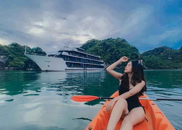 Du thuyền Sealife Legend, huyền thoại trong lòng di sản Hạ Long - Lan Hạ