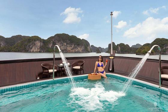 Tận hưởng kỳ nghỉ dưỡng tuyệt vời trên Genesis Regal Cruise 5 sao nổi tiếng